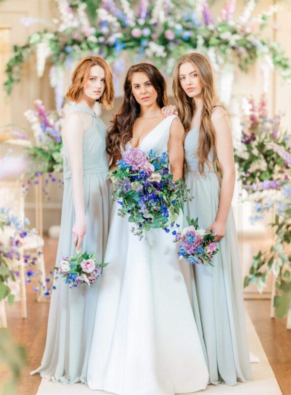 TATTERSALL BRIDE'S GRANDE BOUQUET